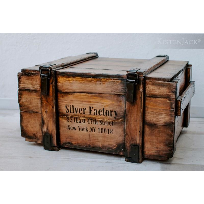 Kistenjack-Vintage-Möbel-Couchtisch-Holzkiste-Design-123