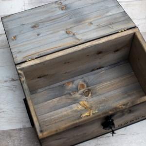 Kistenjack-Vintagemöbel-Accessoires-Holztisch-Truhe-Kiste-030