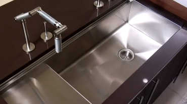 Big large kitchen sinks
