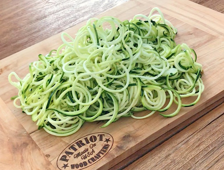 KitchAnnette Zuch Noodles Raw