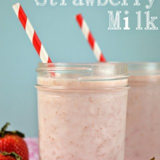 Kids in the Kitchen: Homemade Strawberry Milk