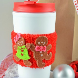 DIY Simple No Sew Coffee Cup Sleeve {Crafty Concoctions}