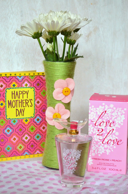 Yarn Wrapped Flower Vases And Affordable Mothers Day Gift Ideas