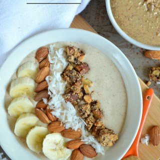 Almond Toffee Crunch Smoothie Bowl