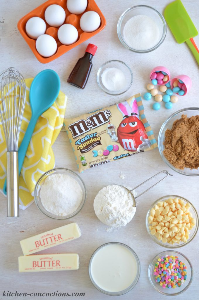 M&M's® Easter Sundae Cookie Cups