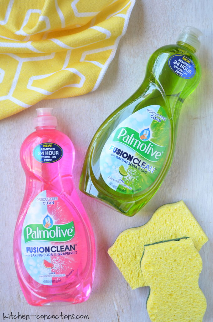 kitchen hack how to clean a blender