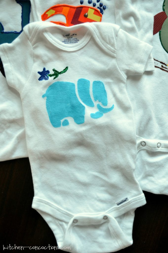 Baby Shower Idea - Onesie Decorating