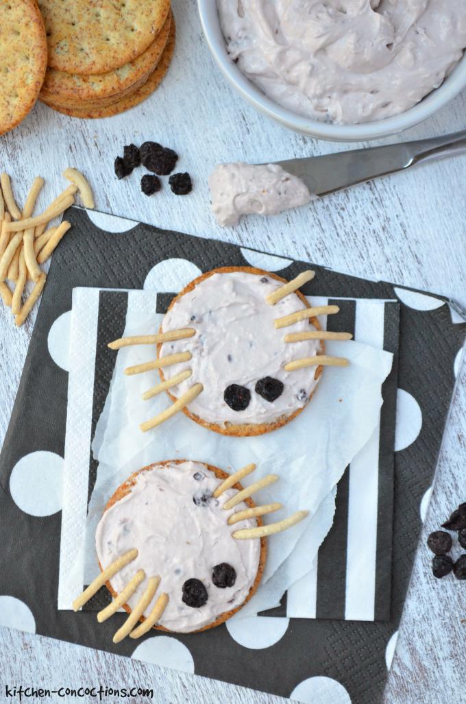 Spider Cheese and Cracker Bites
