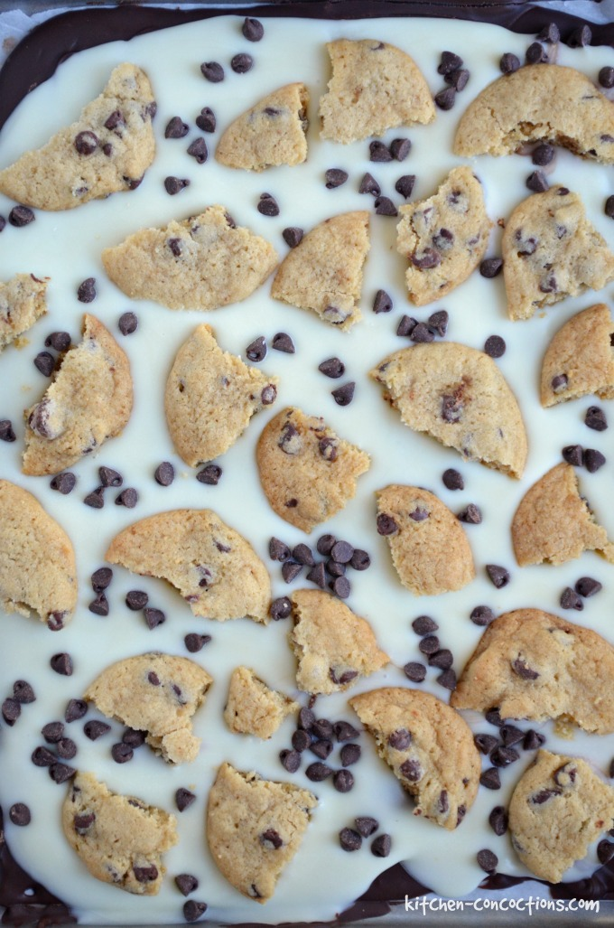 chocolate-chip-cookie-bark-2-1