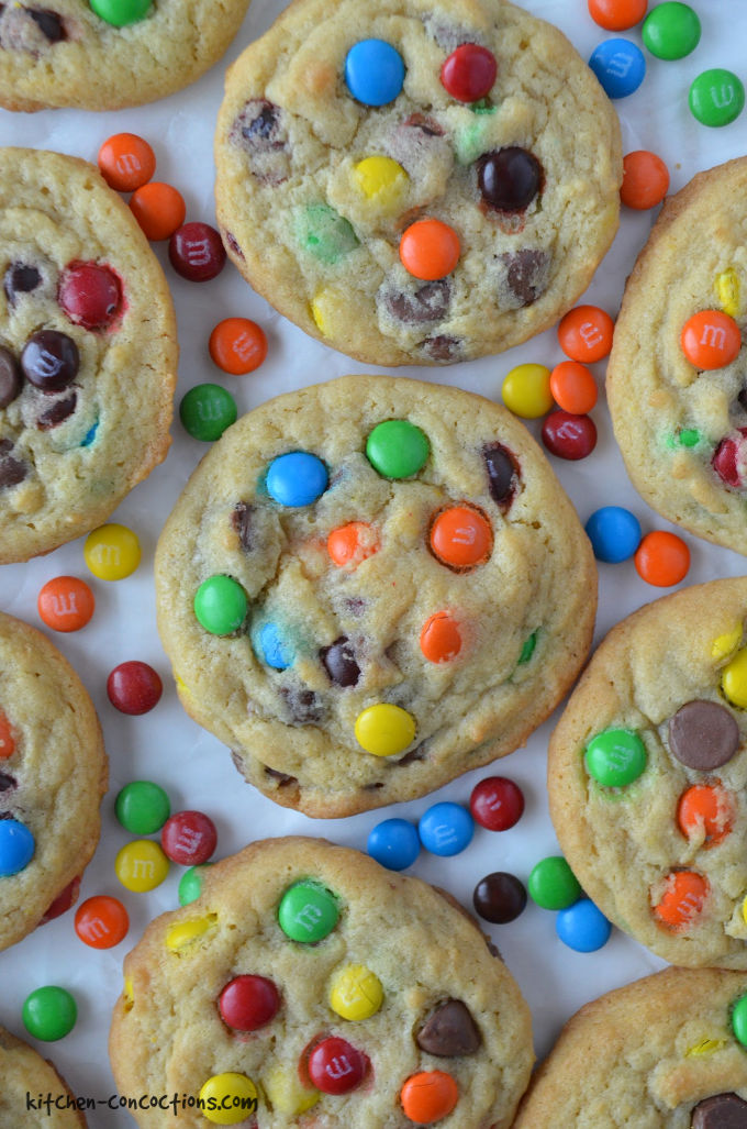 The Best M&M's Cookie Recipe - Looking for a no fail cookie recipe to bring to a holiday cookie exchange or to make for a party? Then look no further than this tried and true family recipe for the best M&M's Chocolate Chip Cookies! #kitchenconcoctions #cookies #dessert #recipe
