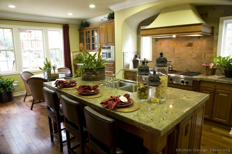 Tuscan Kitchen Design Style & Decor Ideas