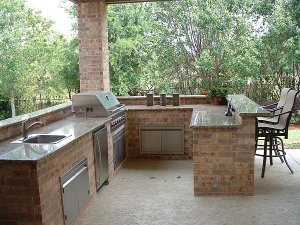 outdoor kitchen 3