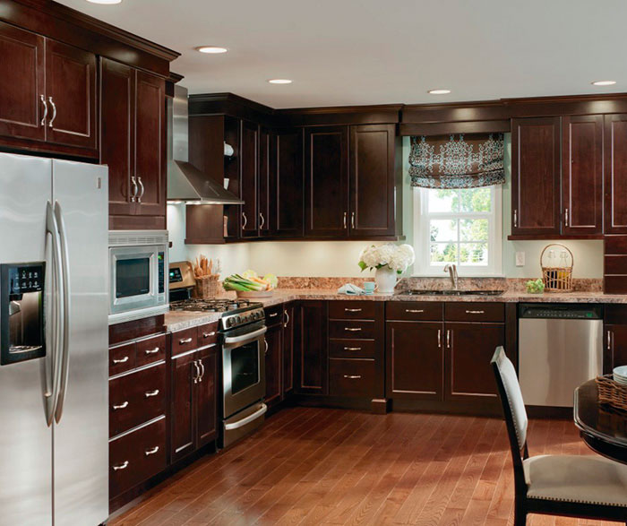 shaker style kitchen farm house table alder cabinets in casual - craft cabinetry