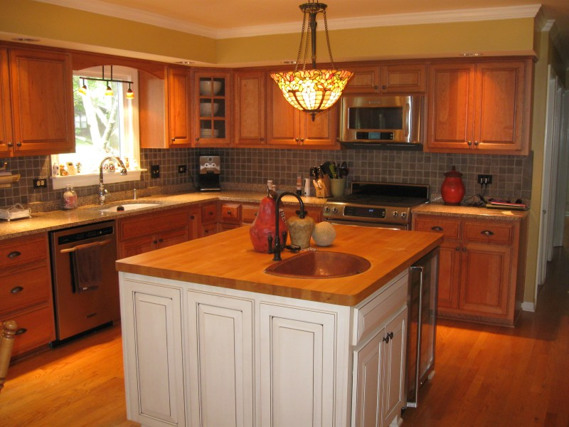 Removing bulkhead above kitchen cabinets for Bulkhead above kitchen cabinets
