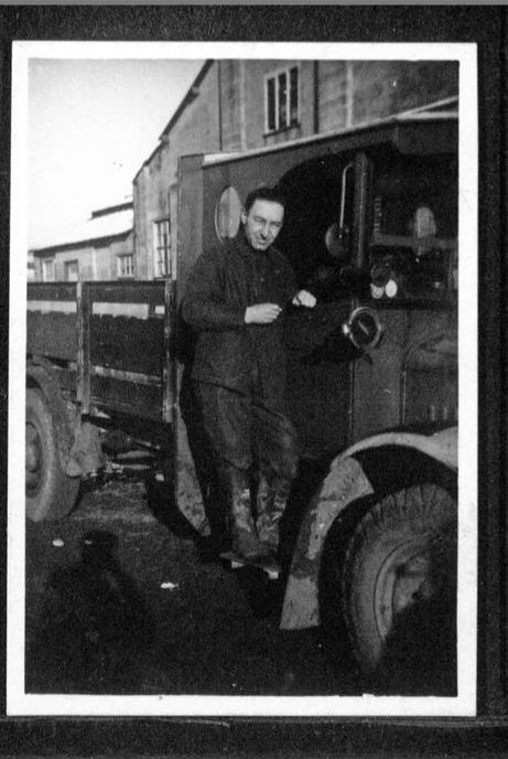 Kitchener camp, Werner Gembicki, Photo, truck driving