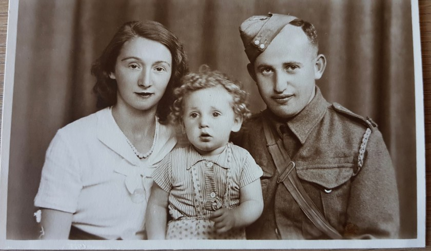 Richborough refugee camp, Hermann Wetterhahn, Pioneer Corps, with wife Chuma Biber and son