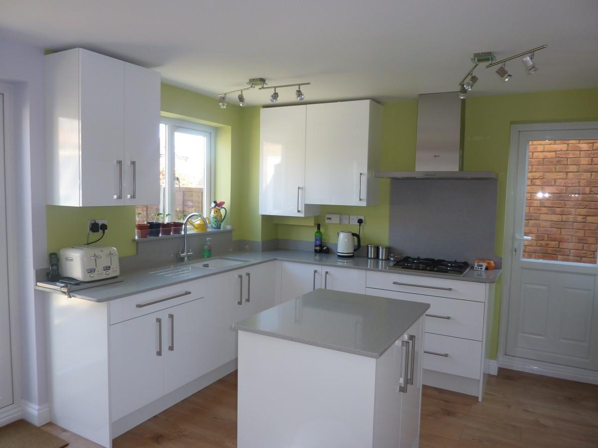 White Gloss Kitchen in Stevenage Hertfordshire  Kitchen