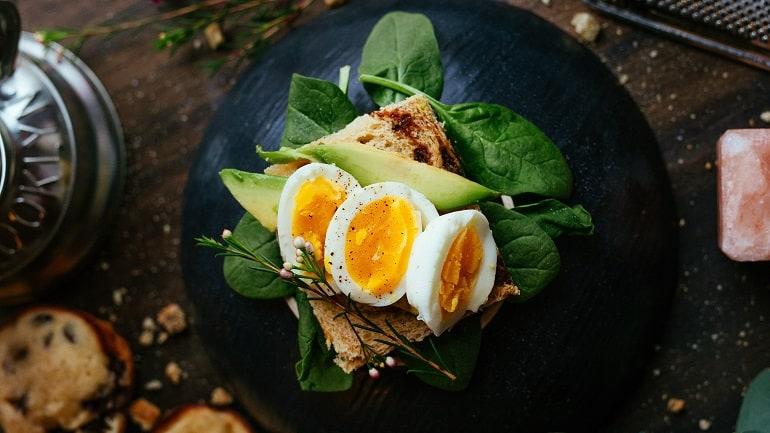 Saladette Eier Brot