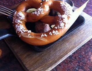 bier markt summerlicious 2013 pork pretzel wurst
