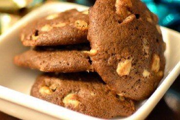 chocolate stout cookies via kitchen frolic