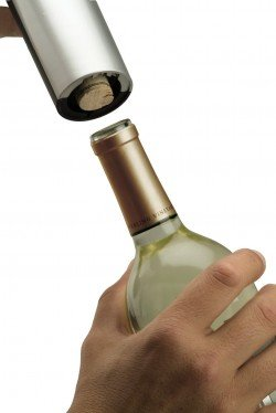 Oster-Cordless-Electric-Wine-Bottle-Opener-Review
