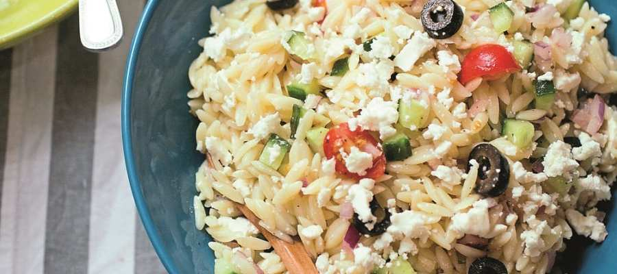 SUMMER ORZO SALAD WITH RED ONION