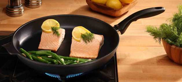 Swiss Diamond Nonstick Fry Pan