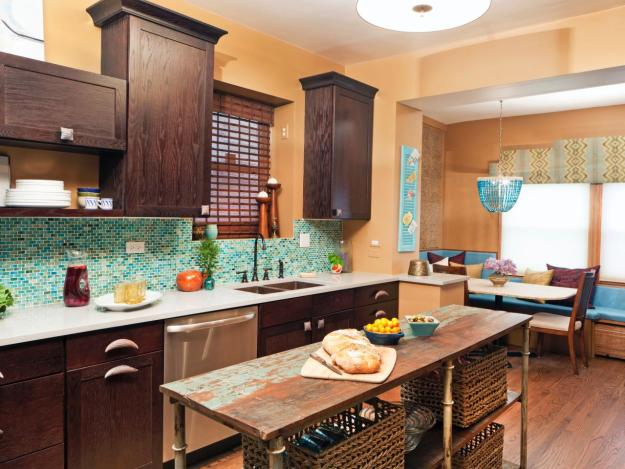 eclectic-kitchen-with-mosaic-backsplash