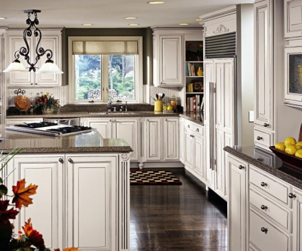 kitchen cabinets white rooster rugs decora | kitchens and baths manufacturer