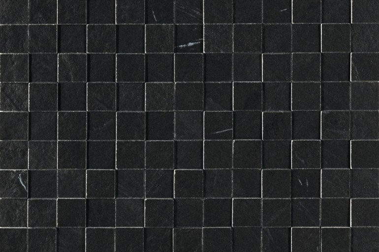 Kitchens Review Obsidean Nero floor tiles