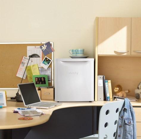 45 litre refrigerator Student Desk
