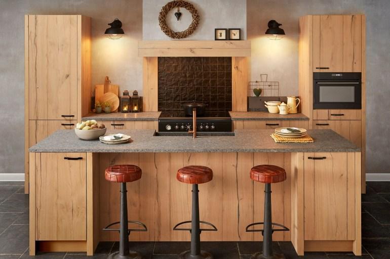 Keller Kitchens Maine Kitchen countryside style