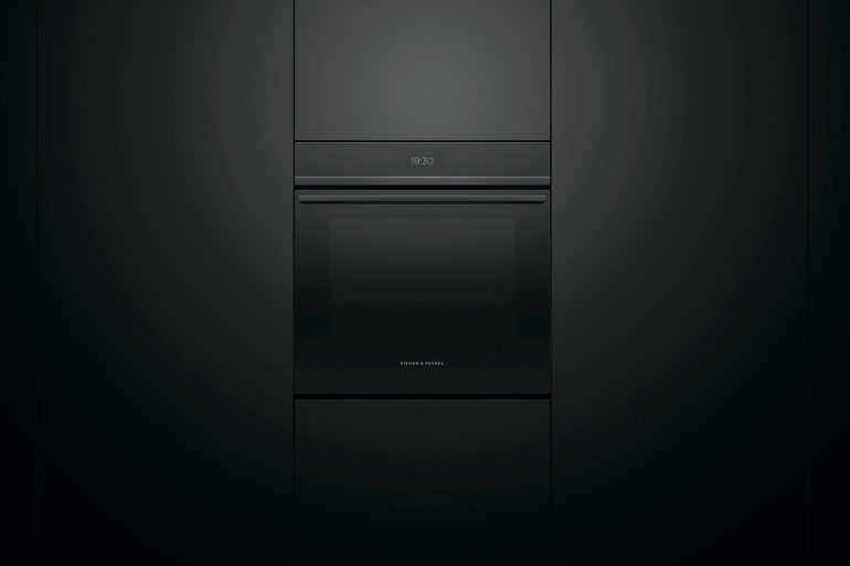 Fisher & Paykel Red Dot Award Touchscreen Oven
