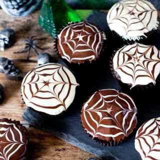 Halloween Spider Web Chocolate Cupcakes