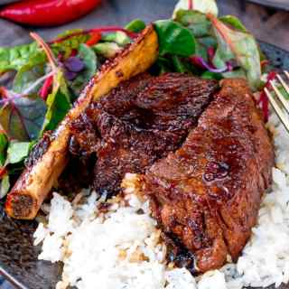 Sweet and Sticky Slow-Cooked Short Ribs