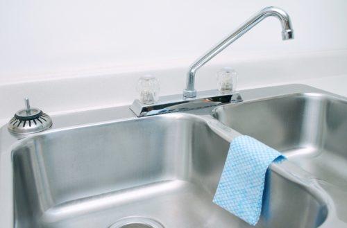 an overmount or undermount sink