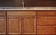 27 Innovative Birch Kitchen Cabinets That You Can Make In No Time