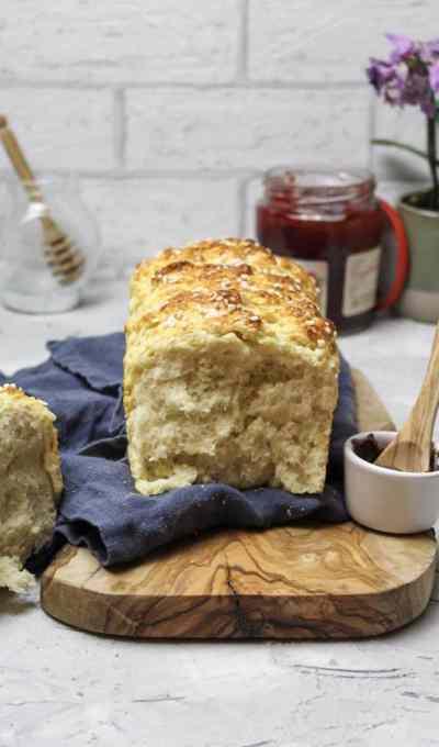 Brioche Brot mit Hagelzucker