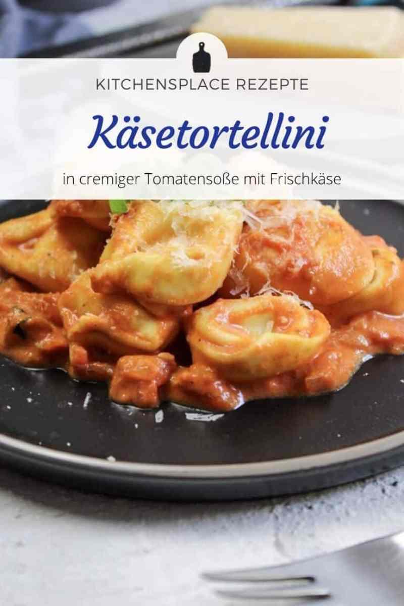 Käse Tortellini in Tomatensoße