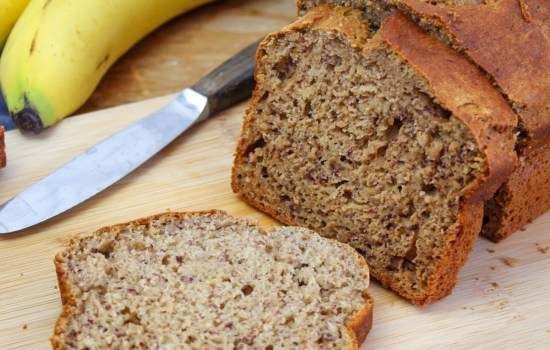 Healthy banana bread with no added sugar or fat