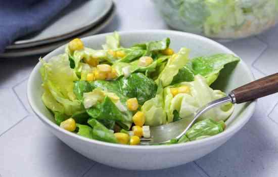 Oma's Salatdressing mit Sahne