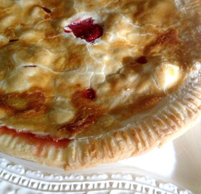 Five Spice Strawberry Rhubarb Pie