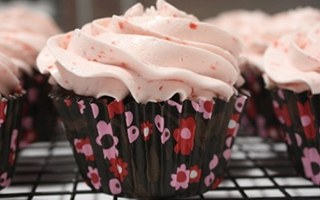 Marble Cupcakes with Strawberry Meringue Buttercream Icing