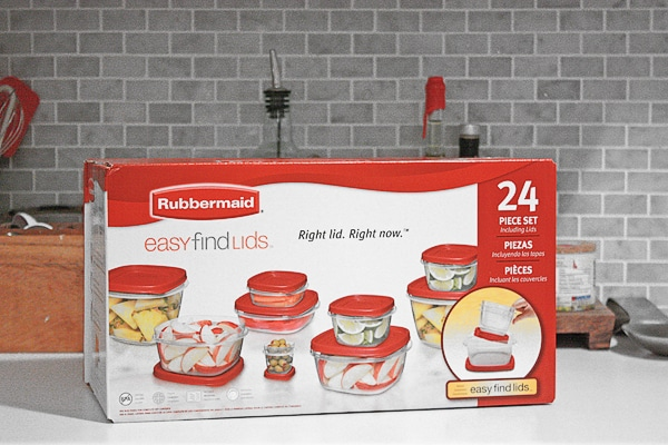 Rubbermaid box