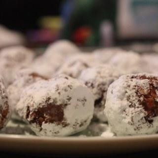 No Bake Chocolate Oatmeal Balls