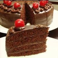 طبقات الكيك بالشوكولاته
