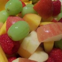 سلطة الفواكه بعصير المانجا