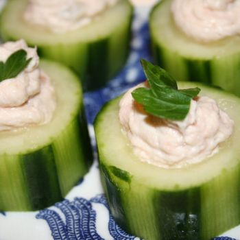 Smoked Salmon in cucumber rounds