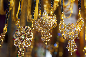 India's Gold Imports Down 24% in 2016-17 Fiscal Year