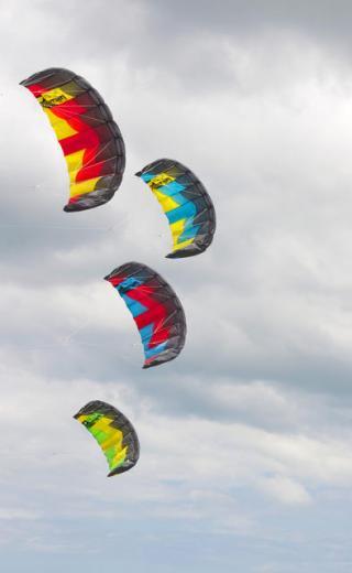 Ozone Ignition - Kiteboarding Cairns Australia - KBC